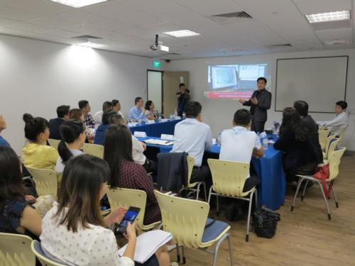Presentation to Hainan Delegates2